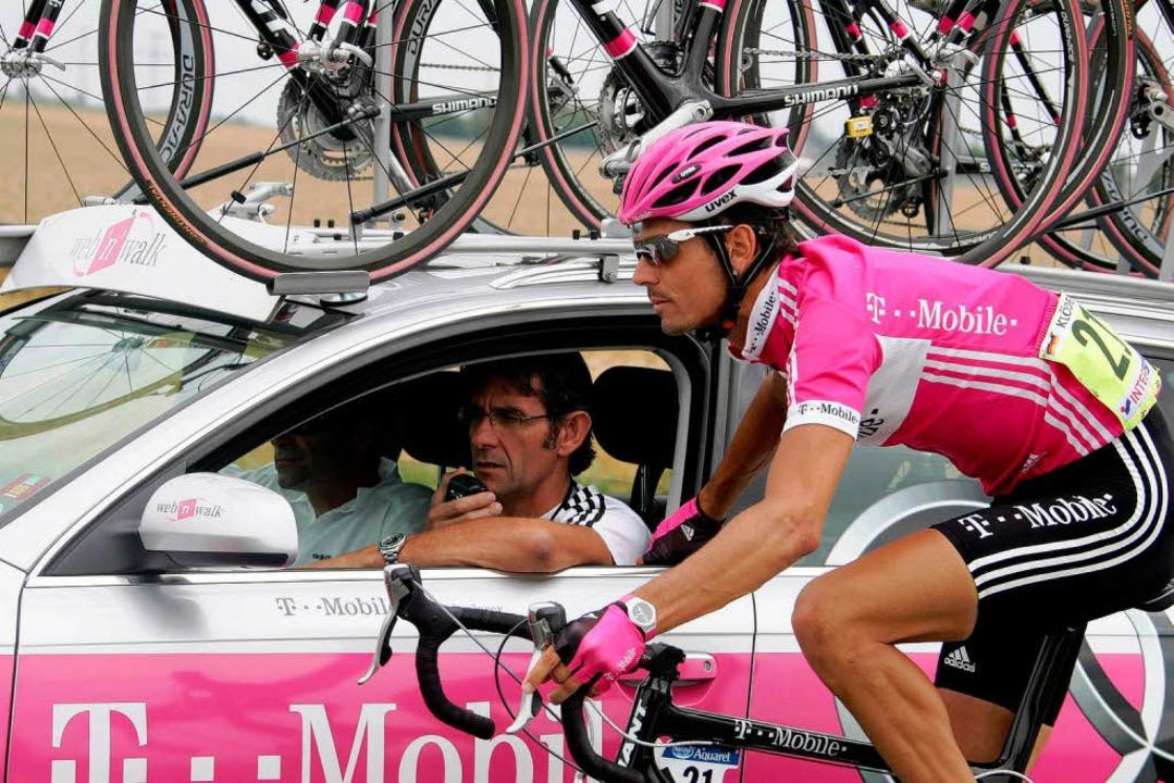 Andreas Klöden im Trikot von T-Mobile bei der Tour de France 2006.  | Foto: dpa