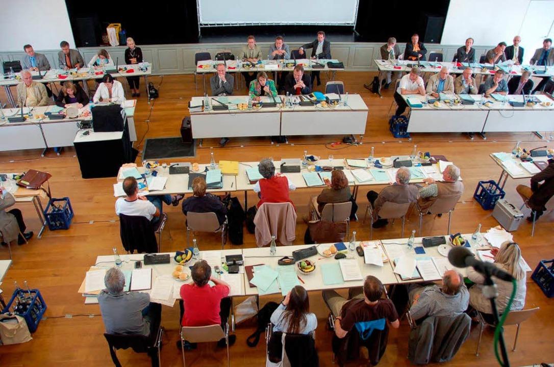 Der Salmensaal ist jetzt offizieller Tagungsort des Gemeinderats.  | Foto: Helmut Seller