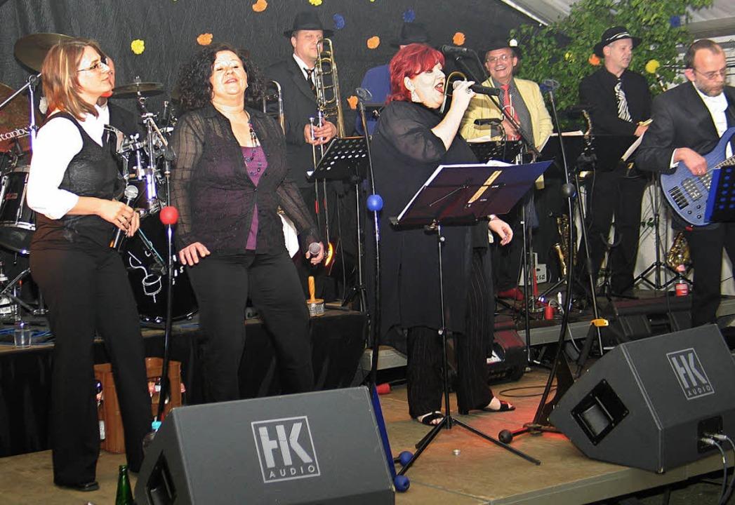 Soul-Klassiker  aus den letzten 40 Jah... Herbolzheim beim Riegeler Musikfest.   | Foto: Helmut Hassler