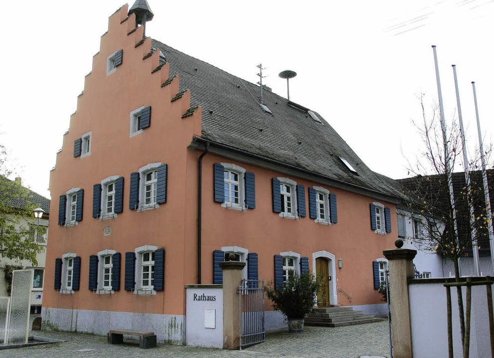 Im Gottenheimer Rathaus wollen gleich ...die Zukunft der Kommune gestalten.      | Foto: manfred frietsch