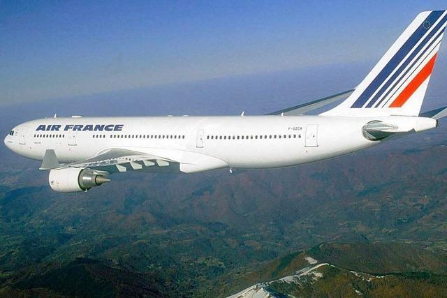 Air-France-Absturz: Wrackteile vor der Küste entdeckt