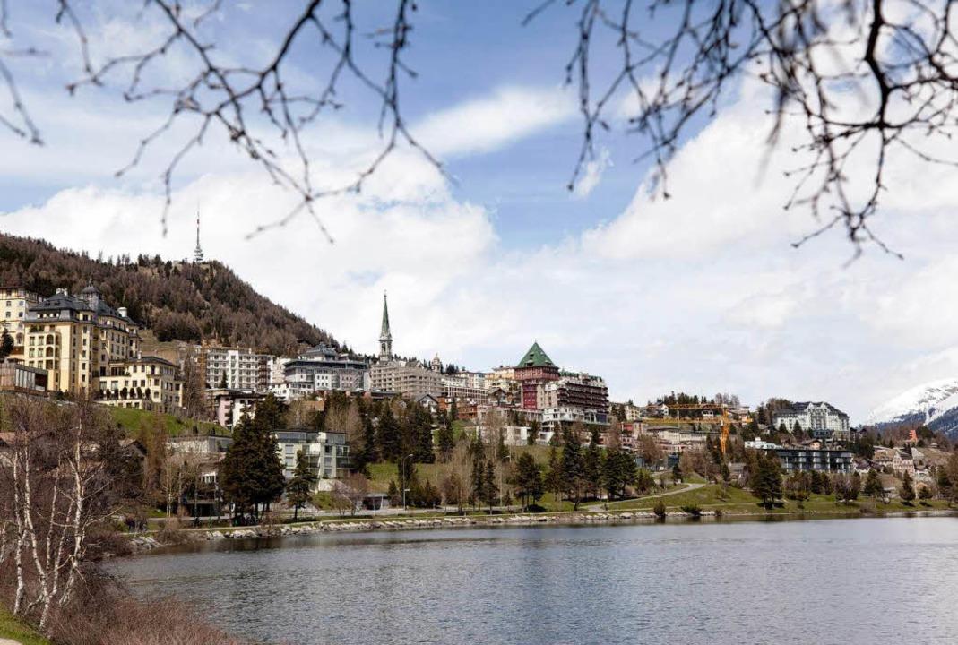 Blick auf St. Moritz, wo die Traumhochzeit stattfindet    Foto: dpa
