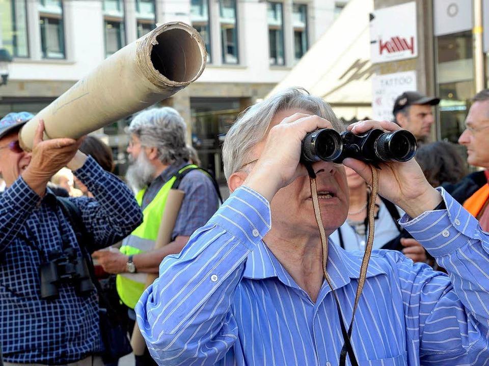 Wo hängen die Überwachungskameras? Bei...stadt wurde fleißig Ausschau gehalten.  | Foto: Thomas Kunz