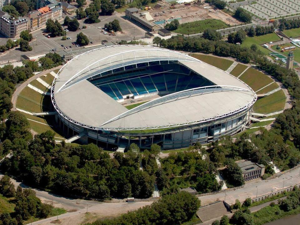 Das Zentralstadion in Leipzig hatte zu...e vor dem Umbau der Arena zur WM 2006.  | Foto: Z1021 Peter Endig