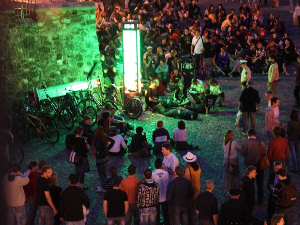 Die  Säule der Toleranz auf dem Freiburger Augustinerplatz.  | Foto: Dominic Rock