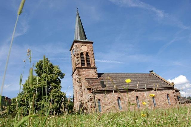 Bilder des Tages: Blumen auf dem Kirchendach?