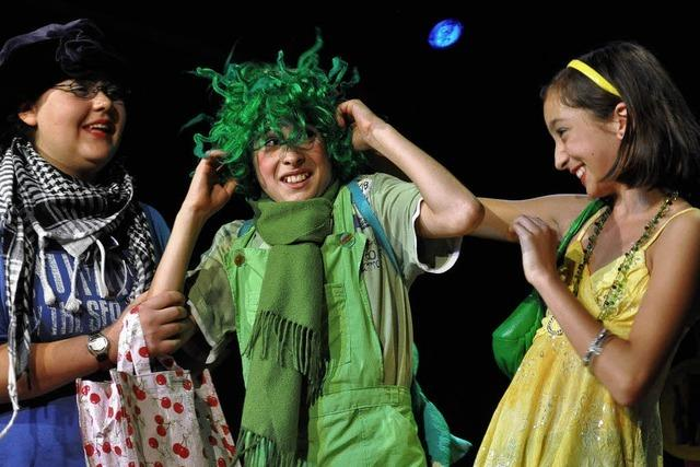 Junges Theater Lörrach: Auf der Bühne unter Wasser