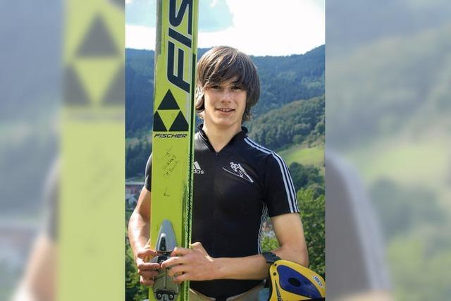Niklas Wangler springt in Bad Griesbach zum Sieg