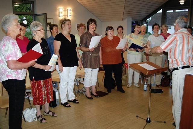 Hüsinger Sängerinnen laden zum Mitmachen ein