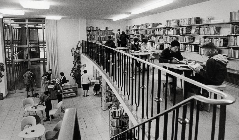 Von Anfang an in der Kinderbibliothek:...unge Leserin, heute ist sie Lesepatin.  | Foto: ingo schneider/Privat