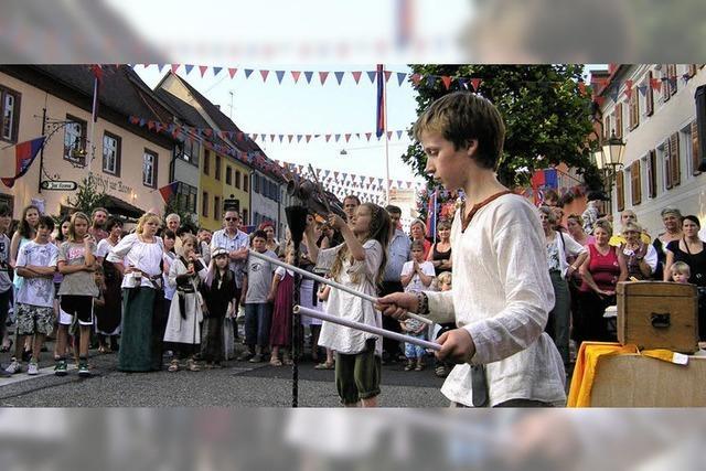 Mittelalter lockt tausende Festpilger