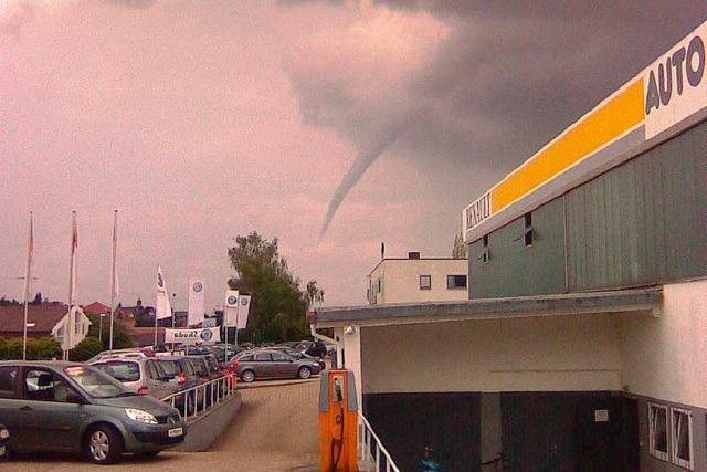 Schreck am Nachmittag: Tornado über Friesenheim