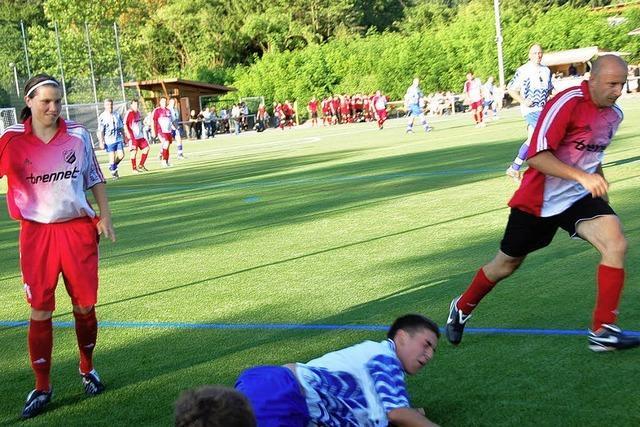 Stadtverwaltung besiegt FC-Vorstandsriege 3:2