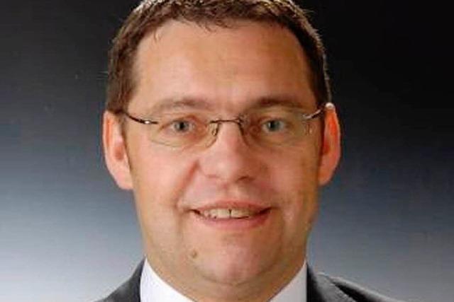 Klaus Muttach weiterhin Fraktionschef