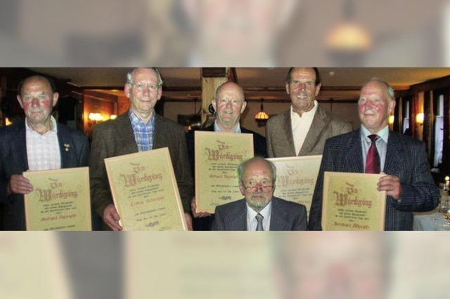 Langjährige Treue führt zu Ehrenmitgliedschaft