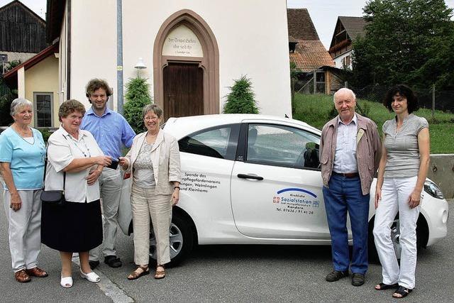Ein nagelneues Einsatzfahrzeug für die kirchliche Sozialstation