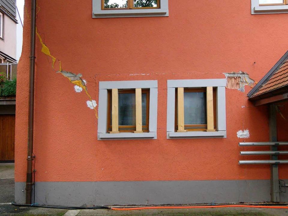 Das beschädigte Gebäude des Stadtbauamtes  | Foto: ukw