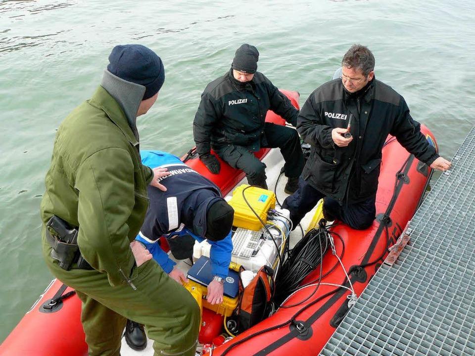 Die Suchaktion im Rhein geht weiter  | Foto: Polizei
