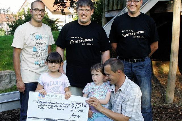Fanfarenzug spendet über 1800 Euro
