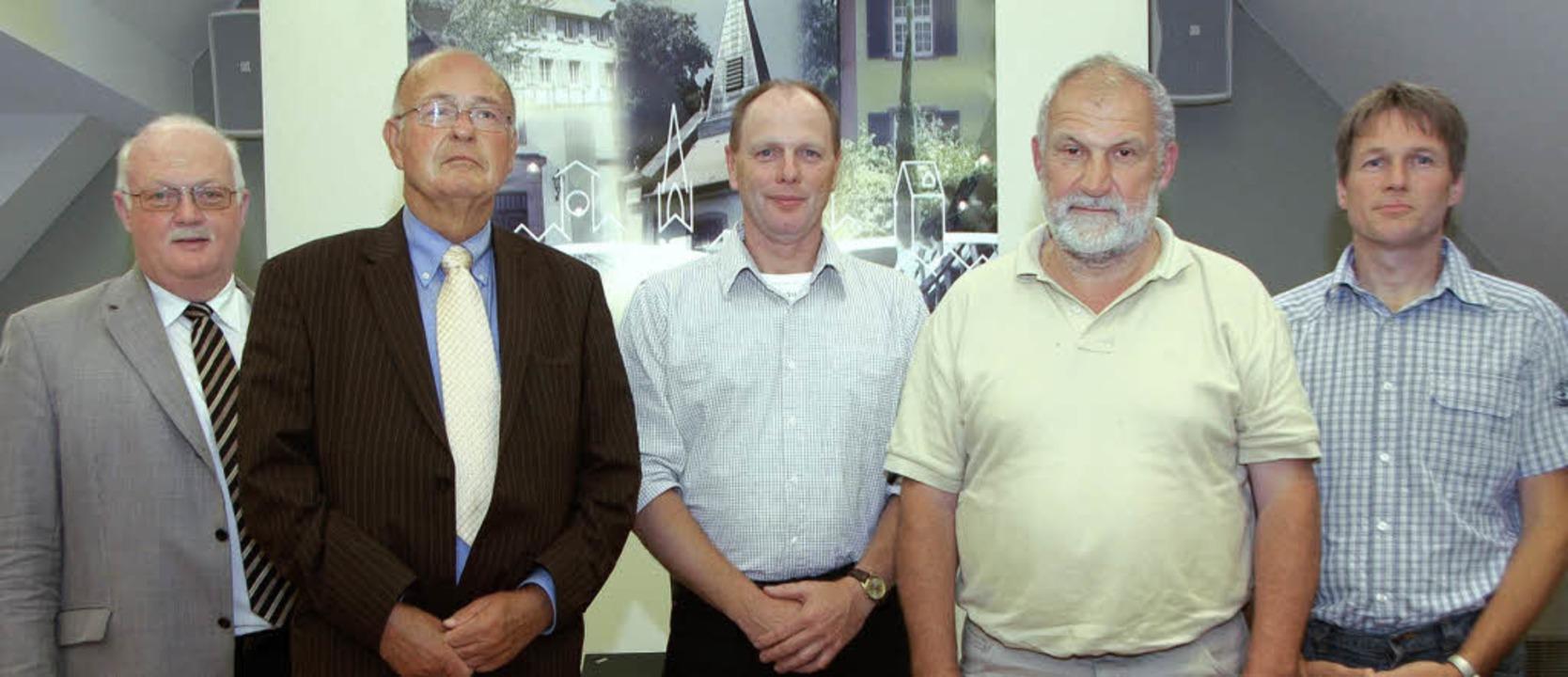 von rechts: Thomas Gerspach (Buchheim,... und Bürgermeister Josef Hügele (CDU).  | Foto: Manfred Frietsch