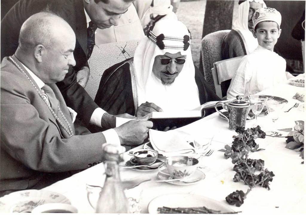 König Ibn Saud bei seinem Besuch in Breisach am 26.  Juli 1959.    Foto: Stadtarchiv Breisach / Photo-Mühlbauer