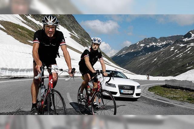 Mit dem Rennrad über 18 Alpenpässe