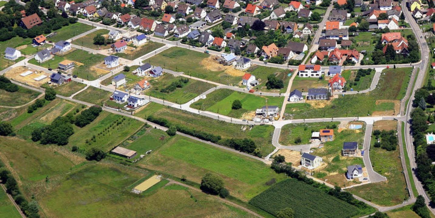 Gottenheims Baugebiet Steinacker/Berg:...hrbare Baugrundstücke blockiert sind.   | Foto: Erich Meyer