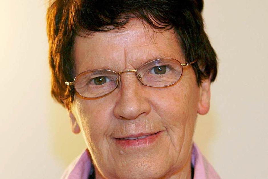 """1991 musste sich Rita Süssmuth (CDU)  einer """"Dienstwagen-Affäre"""" stellen. Ihr Mann soll ihren  Dienstwagen für private Fahrten genutzt und damit sogar die Umzugskisten der Tochter  nach St. Gallen geliefert haben. Rita Süssmuth dementierte. (Foto: dpa)"""