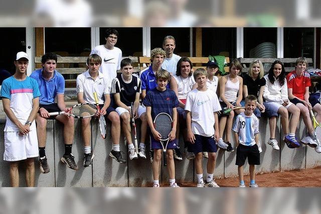 Tennisjugend spielt sich auf die vorderen Plätze