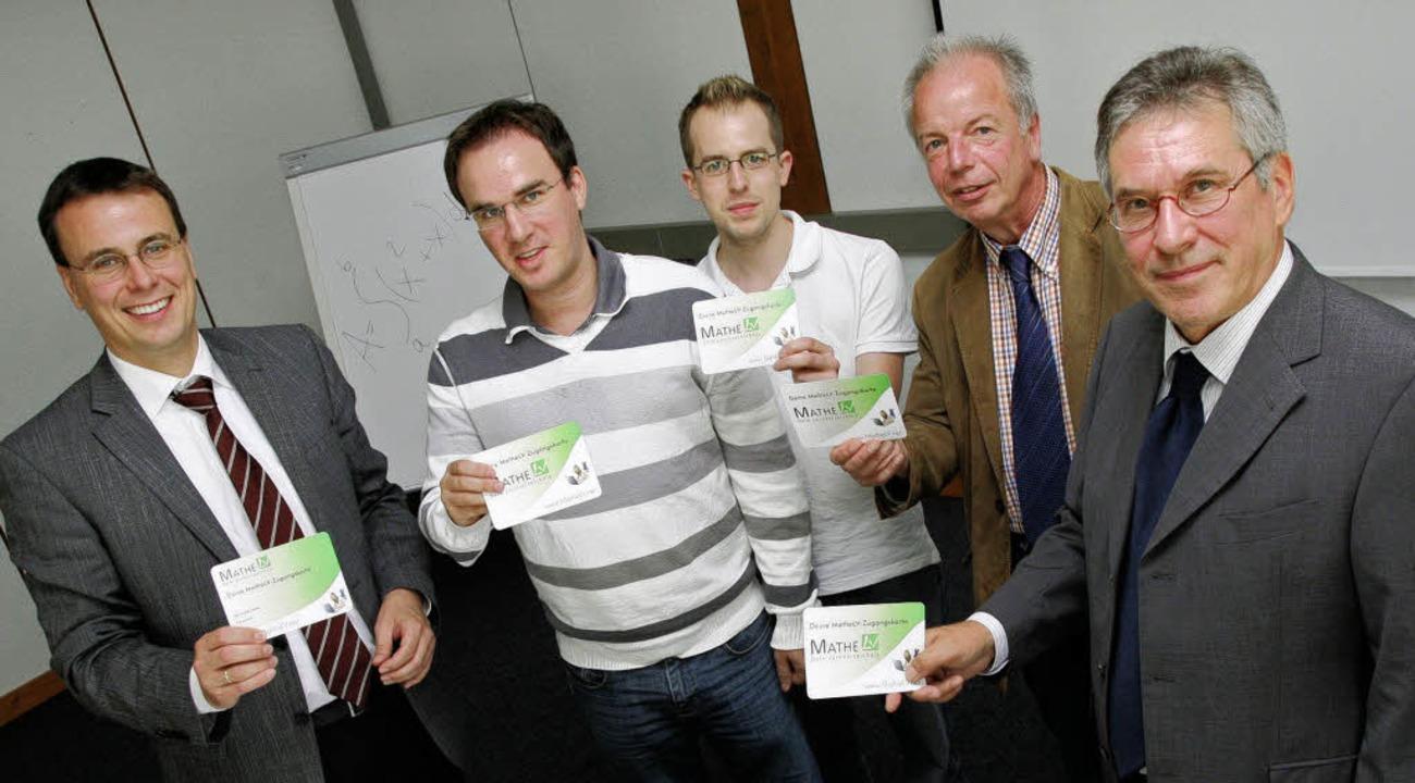 Trafen sich im TPO (von links): MdL Vo...ftsführer des TPO,  Rolf-Eckart Bandl.  | Foto: tpo