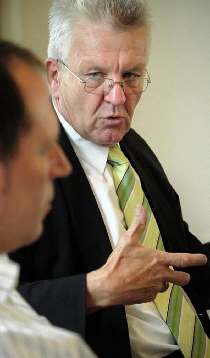 Winfried Kretschmann (rechts) im Gespräch mit BZ-Politikchef Thomas Fricker   | Foto: Lucia Reck