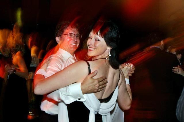 PRESSEBALL 2009: Tanz, Gesang und Akrobatik