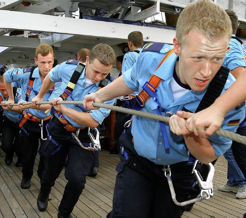 Teambildung gehört zum Ausbildungsprogramm  | Foto: dpa