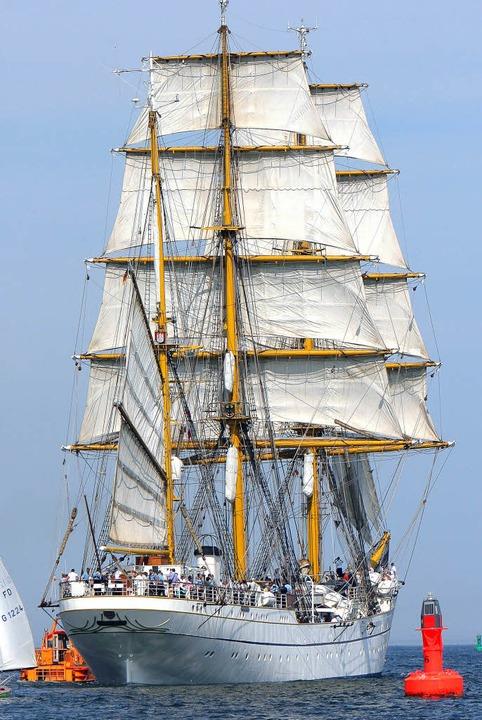 Botschafter der Bundesmarine: Schulschiff Gorch Fock   | Foto: DPA