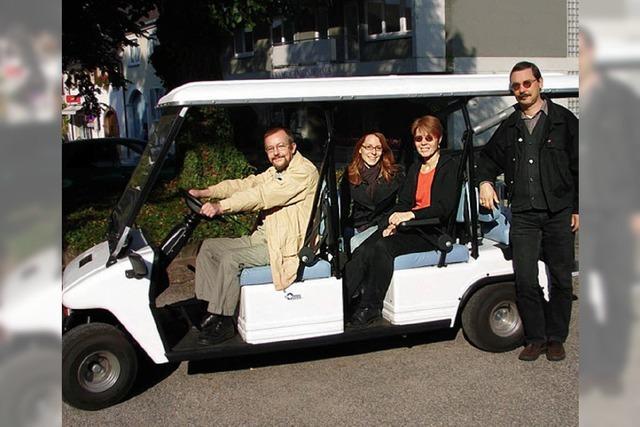 RHEINGEFLÜSTER: Kirchengemeinde kauft Elektro-Taxi für Senioren