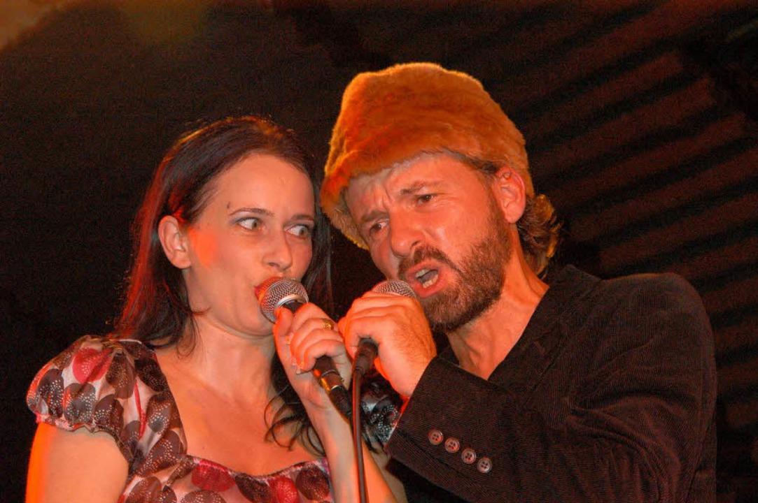 Der Mann mit der Mütze: Shantel bei ei...Auftritte im Freiburger Jazzhaus 2007.    Foto: Thomas Kunz