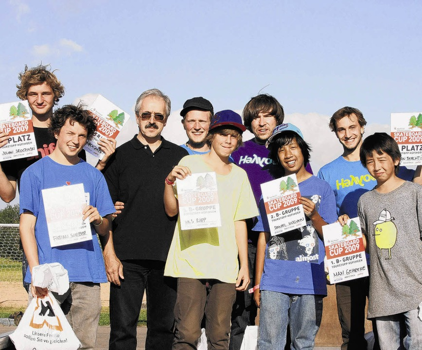 Die Sieger des Skateboard-Cups mit Off... Berchtenbreiter und Maxi Gehrecke.     | Foto: BZ