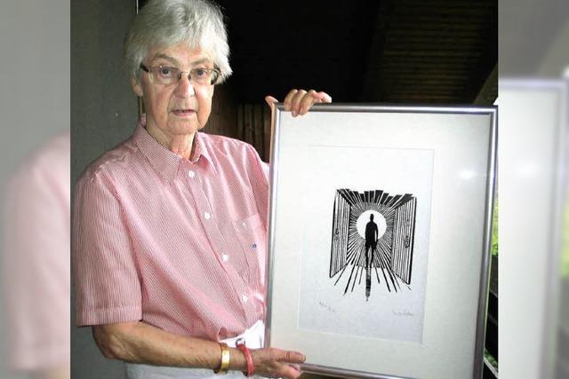 Namhafte Künstler stiften Bilder für Versteigerung