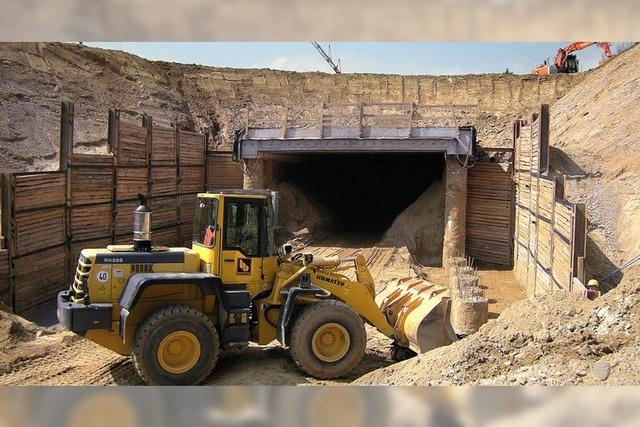 Tunnel, Löcher und Pfähle