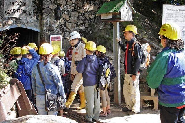 Auf Schatzsuche im alten Bergwerk