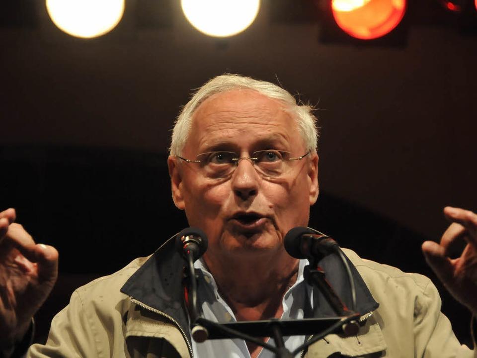 Oskar Lafontaine auf Wahlkampftour in Freiburg.  | Foto: Ingo Schneider