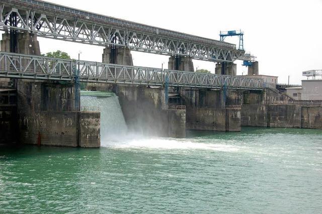 Wasserkraftwerk Kems: Streit ums Rheinwasser