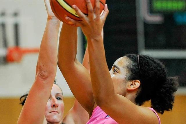 USC-Basketballerinnen laden die Liga ein