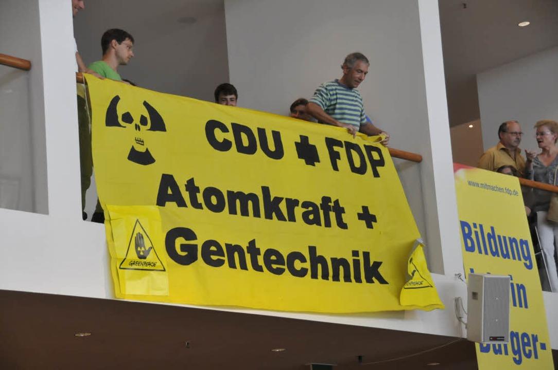 Kritiker der möglicherweise bald regierenden schwarz-gelben Koalition.  | Foto: Ingo Schneider