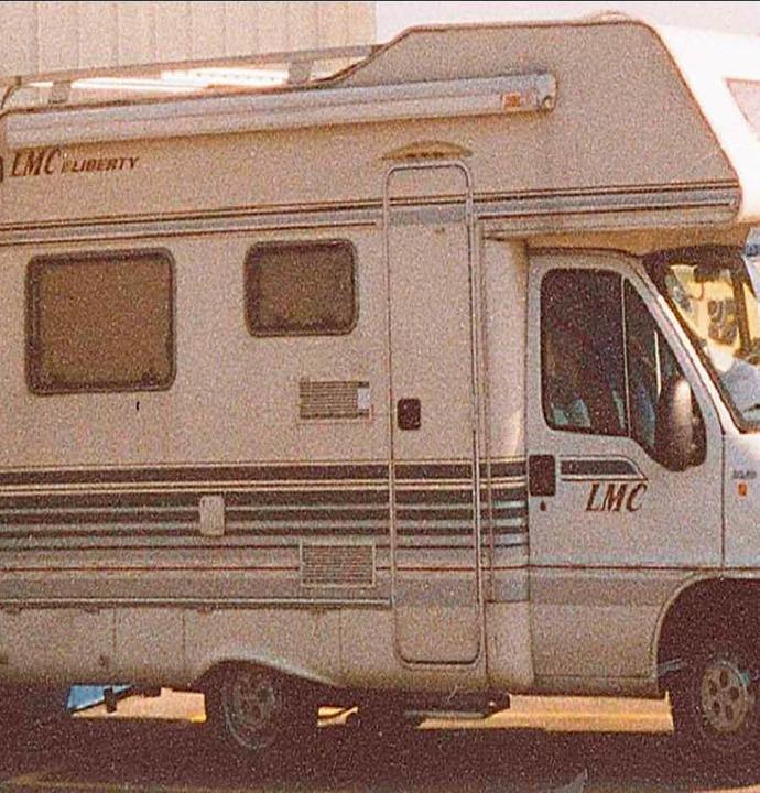 Wer hat dieses Wohnmobil seit Montagnachmittag gesehen?  | Foto: Polizei
