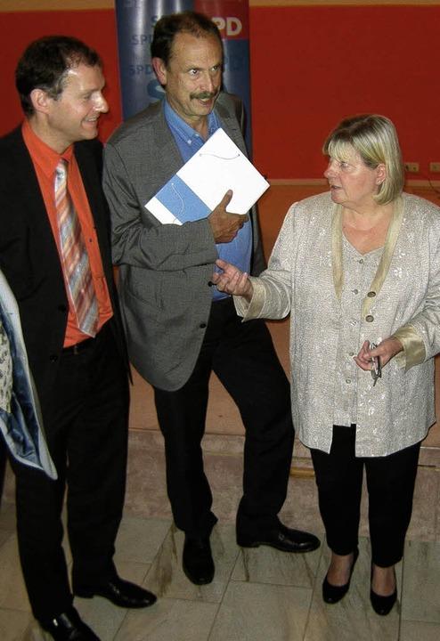 Patientenbeauftragte Helga Kühn-Mengel...rd Wolf und Matthias Lebert (v.  r.).   | Foto: heike armbruster