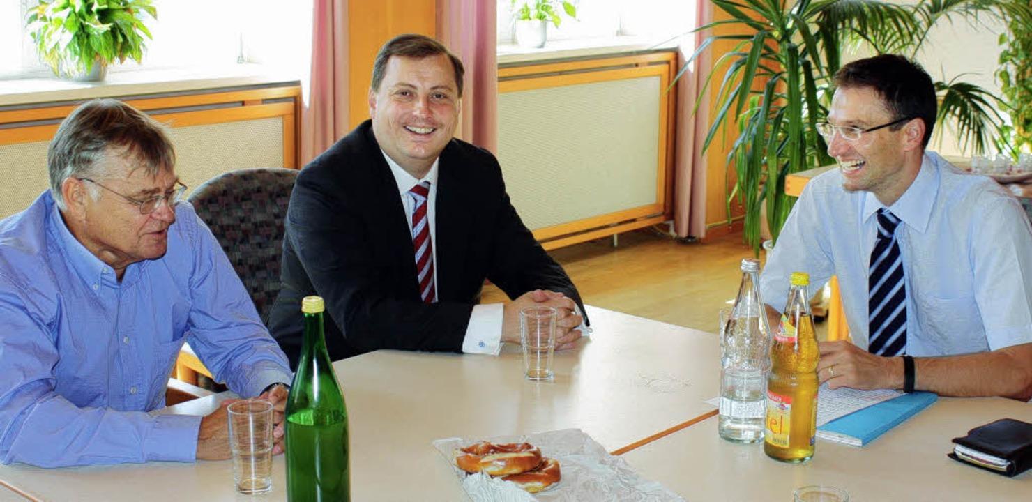 Bundestagskandidat Daniel Sander (Mitt...nhardt, Vorsitzender der CDU Hexental   | Foto: Barbara Schmidt