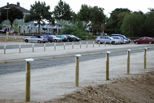 100 neue Parkplätze am Bahnhof