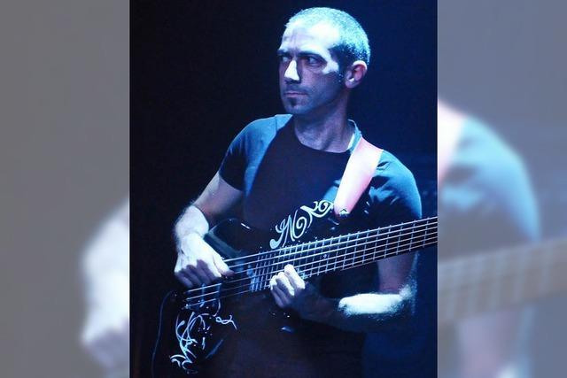als Bassist