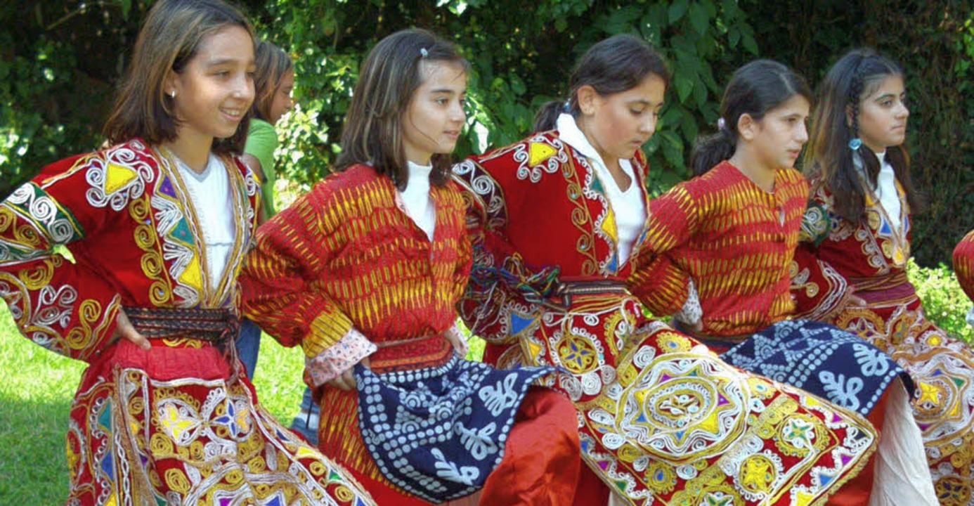 Tanzgruppen werden auch in diesem Jahr...ie türkische Mädchentanzgruppe dabei.   | Foto: Archivfoto: Markus Baier
